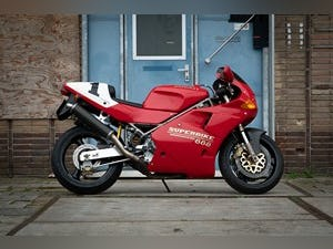 1992 Original 28 yrs old Ducati 888 SP5- 1st owner - ! For Sale (picture 1 of 10)