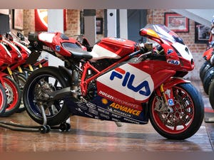 2003 Ducati 999R Fila Stunning Low Mileage example only 1,300 mil For Sale (picture 10 of 25)