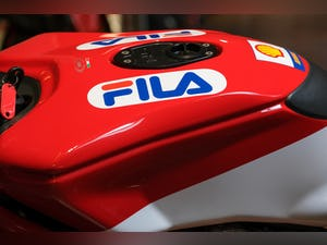 2003 Ducati 999R Fila Stunning Low Mileage example only 1,300 mil For Sale (picture 14 of 25)