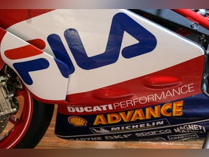 2003 Ducati 999R Fila Stunning Low Mileage example only 1,300 mil For Sale (picture 17 of 25)