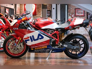 2003 Ducati 999R Fila Stunning Low Mileage example only 1,300 mil For Sale (picture 23 of 25)