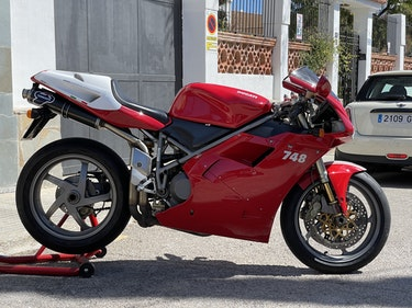 Picture of 2001 748R excelent condition For Sale