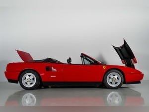 1992 Ferrari Mondial T Convertible one owner for 29 years For Sale (picture 10 of 50)
