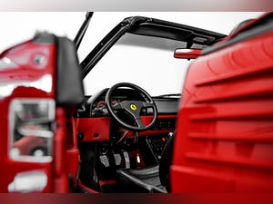 1992 Ferrari Mondial T Convertible one owner for 29 years For Sale (picture 35 of 50)