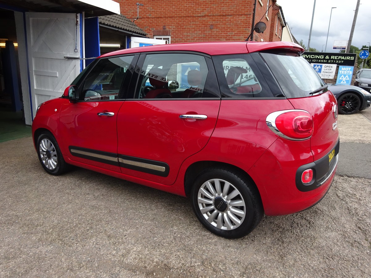 FIAT 500 L  MPV RED DIESEL 70,000 MILES F.S.H NEW MOT 2013  For Sale (picture 3 of 6)