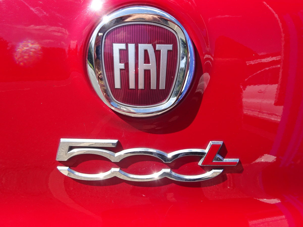 FIAT 500 L  MPV RED DIESEL 70,000 MILES F.S.H NEW MOT 2013  For Sale (picture 5 of 6)