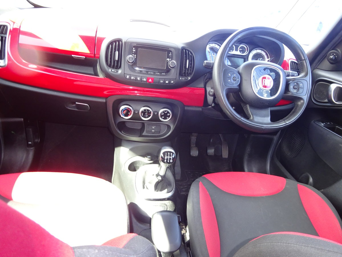FIAT 500 L  MPV RED DIESEL 70,000 MILES F.S.H NEW MOT 2013  For Sale (picture 6 of 6)