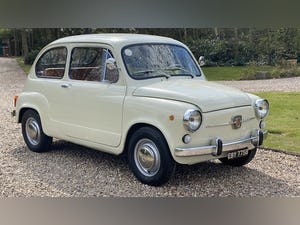 FIAT 600D -1964 -STUNNING CONDITION -RARE. For Sale (picture 1 of 11)