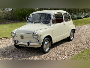 FIAT 600D -1964 -STUNNING CONDITION -RARE. For Sale (picture 4 of 11)