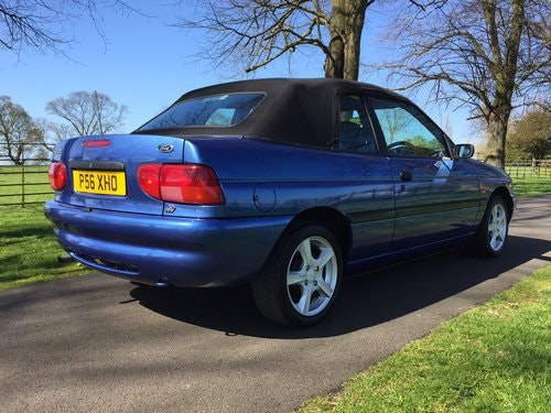 1997 Ford Escort Mk6 Cabriolet 1.6 Calypso *** NOW SOLD *** For Sale (picture 3 of 6)
