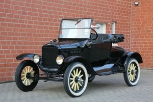 Picture of Ford Model T Roadster, 1923 SOLD