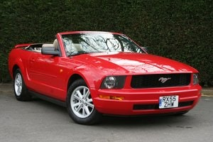 Picture of 2006 Ford Mustang 4.0 V6 Convertible Auto - 49,000 miles SOLD