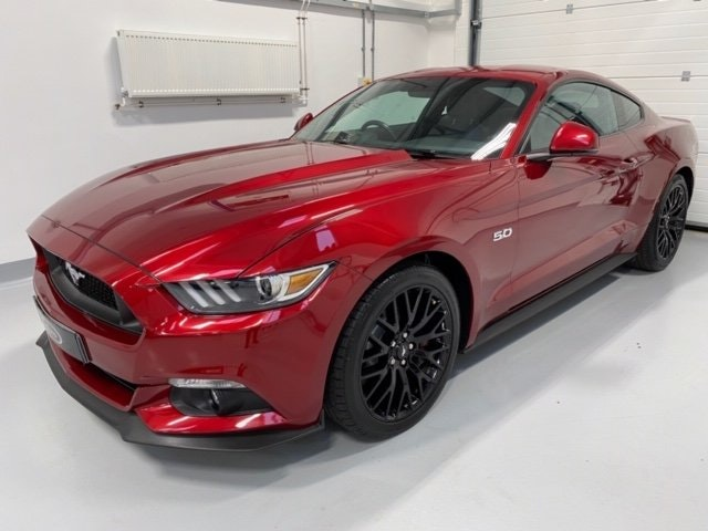 Ford Mustang GT V8 Manual, Many Options 2016 20,529 miles SOLD (picture 2 of 12)