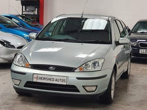 2003 FORD FOCUS AUTOMATIC* GENUINE 19,000 MILES* One Family Owned For Sale (picture 1 of 12)