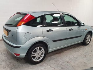 2003 FORD FOCUS AUTOMATIC* GENUINE 19,000 MILES* One Family Owned For Sale (picture 3 of 12)