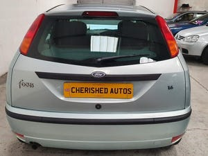 2003 FORD FOCUS AUTOMATIC* GENUINE 19,000 MILES* One Family Owned For Sale (picture 4 of 12)