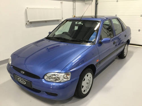 1999 Ford Escort 16 valve Flight For Sale (picture 1 of 12)