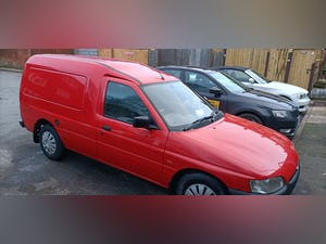 2000 CLASSIC DIESEL FORD ESCORT VAN For Sale (picture 6 of 12)