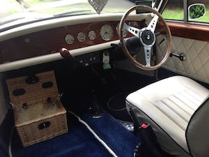 1975 2 Door Beauford For Sale (picture 5 of 6)