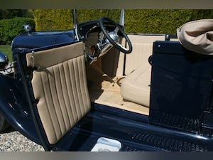 1929 Ford Model A Roadster Pick Up V8 Hot Rod. Pro Built,Stunning For Sale (picture 17 of 45)