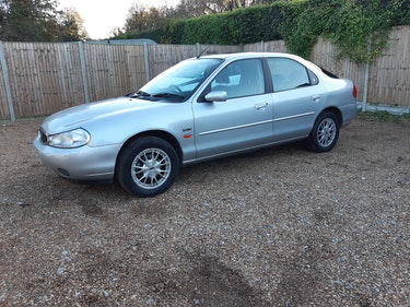 Picture of 2000 ford mondeo 2litre ghia,one owner,41000 miles For Sale