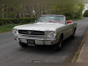 1964 Ford Mustang Convertible - 260ci V8 - Over 30k Spent For Sale (picture 3 of 19)