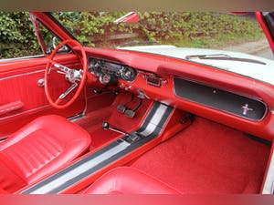 1964 Ford Mustang Convertible - 260ci V8 - Over 30k Spent For Sale (picture 11 of 19)