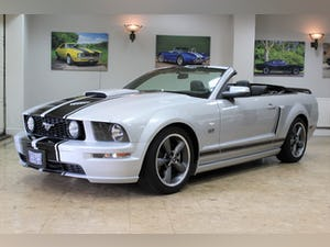 2005 Ford Mustang Convertible GT 4.6 V8 Auto - UK Supplied For Sale (picture 1 of 25)