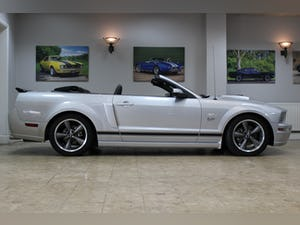 2005 Ford Mustang Convertible GT 4.6 V8 Auto - UK Supplied For Sale (picture 2 of 25)