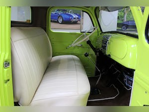 1950 Ford F2 Pick-up Flathead V8 Manual - Fully Restored For Sale (picture 3 of 25)