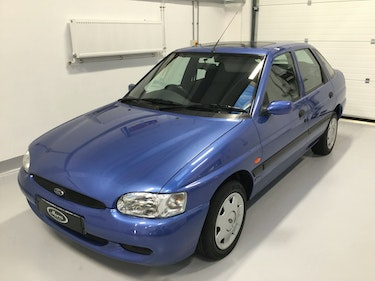 Picture of 1999 Ford Escort 16 valve Flight For Sale