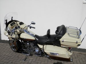 2011 Low mileage CVO Road Glide 110 European Spec For Sale (picture 5 of 6)