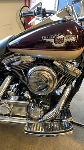 Picture of 1998 harley davidson road king 95 th anniversary SOLD