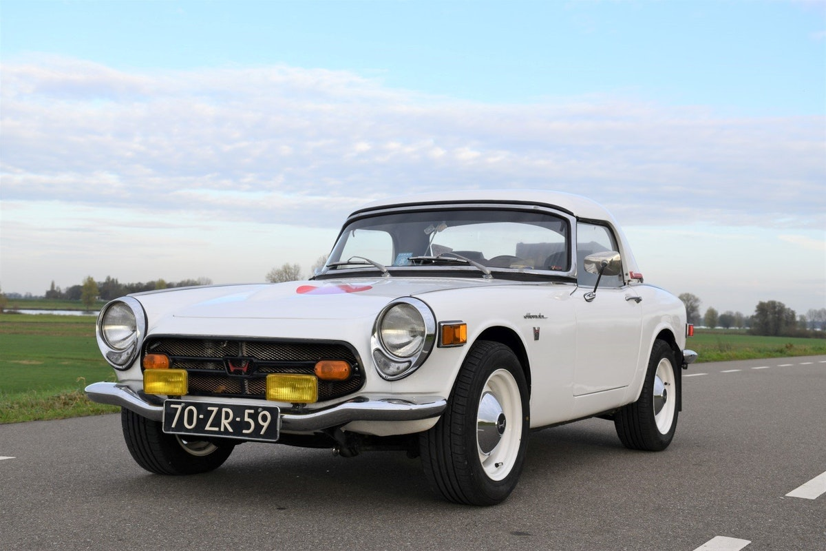 1968 Honda S800 convertible For Sale (picture 1 of 6)
