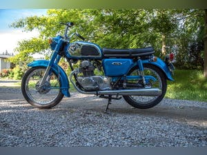 1972 Honda CD175 Like New Condition! For Sale (picture 2 of 6)