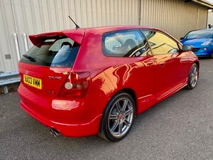 2003 03 HONDA CIVIC 2.0 TYPE-R EP3 200 BHP WITH JUST 49K MIL For Sale (picture 3 of 11)