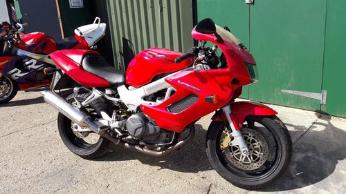 Picture of 1998 Honda VTR1000 Firestorm £1495 on the road For Sale