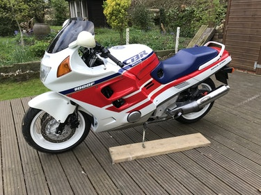 Picture of 1989 Stunning 'jelly mould' Honda CBR1000F For Sale