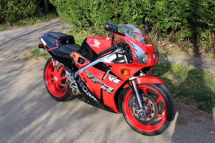 Picture of 1995 Honda VFR400R NC30 Immaculate condition For Sale