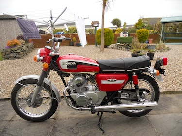 Picture of 1974 Extremely Rare Honda CD175 T4 For Sale