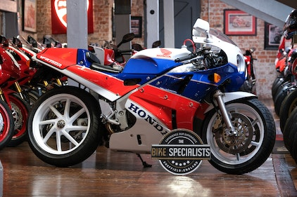 Picture of 1991 Honda VFR750-K RC30 One Owner Original Untouched Example For Sale