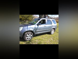2004 Honda - CRV Executive / One previous Lady Owner For Sale (picture 1 of 3)