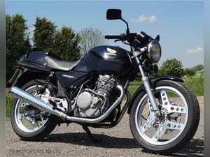 1987 Honda XBR 500, MOT, ready to ride, great engine. For Sale (picture 6 of 9)