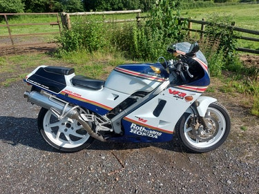 Picture of 1987 Honda VFR 400 nc24 (SOLD) For Sale