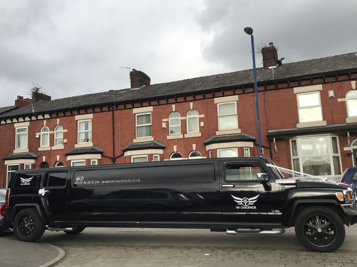 2006 Hummer H3 8 seater Limousine For Sale (picture 1 of 8)
