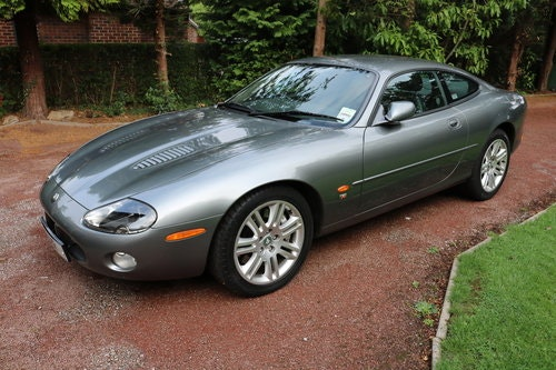 2003 Jaguar XKR 4.2 litre Coupe For Sale (picture 1 of 6)