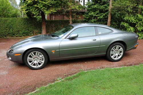 2003 Jaguar XKR 4.2 litre Coupe For Sale (picture 2 of 6)