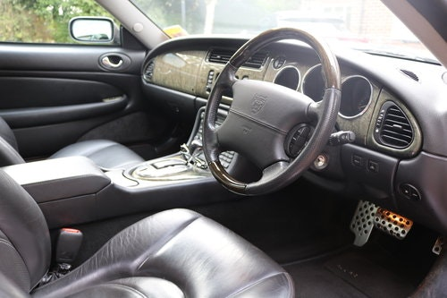2003 Jaguar XKR 4.2 litre Coupe For Sale (picture 4 of 6)