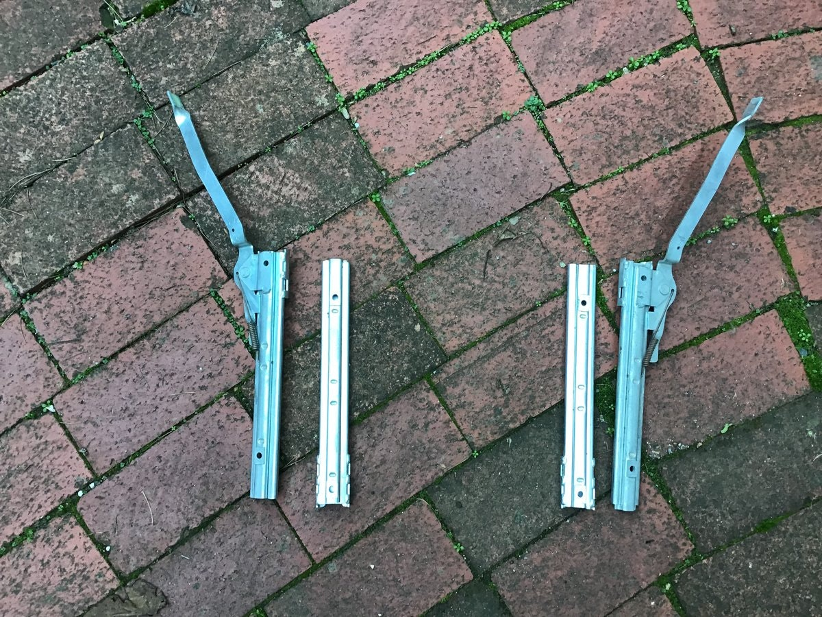 1961 JAGUAR EARLY RARE ALLOY CAM COVERS For Sale (picture 6 of 6)