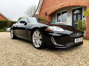 2010 Jaguar XKR 5.0 Supercharged (510-bhp) A stunning hi spec For Sale (picture 1 of 6)